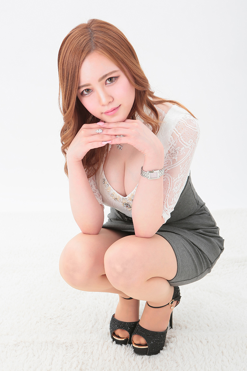 白咲 奈々美